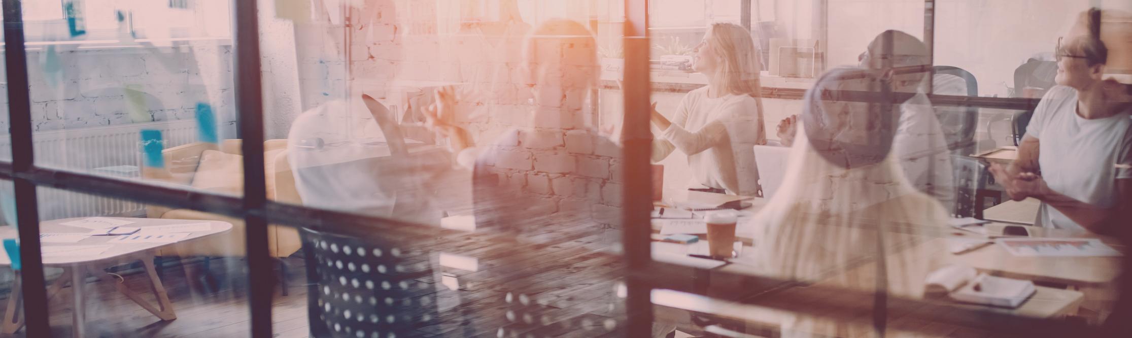 Besprechungsraum, Meeting mit Mitarbeitern